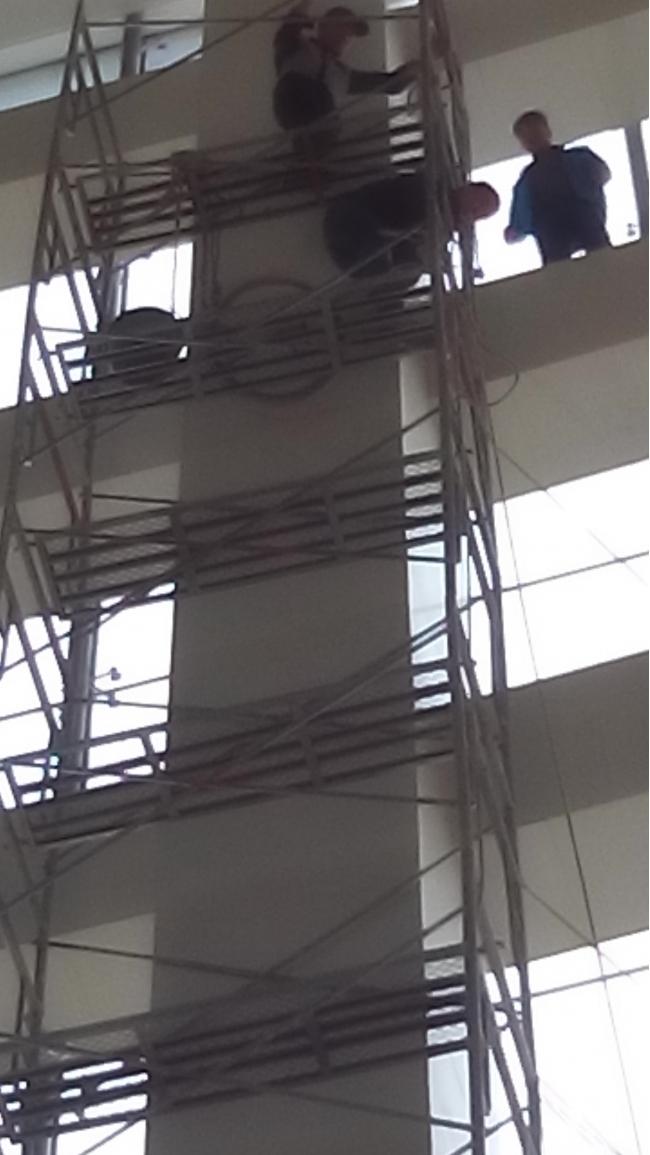 郑州林森外墙清洗创单脚手架15层记录